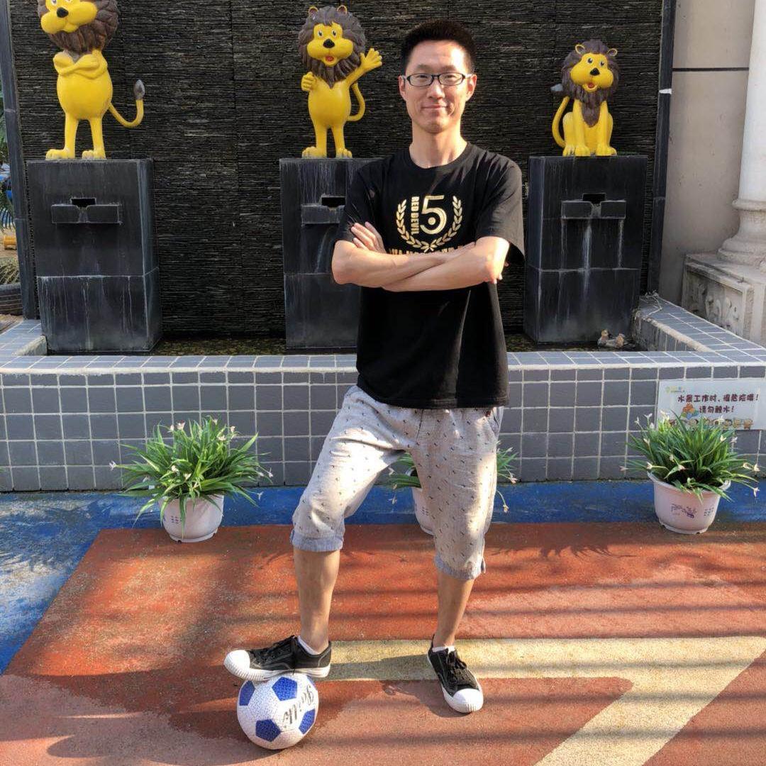 体能老师 卢勐晋